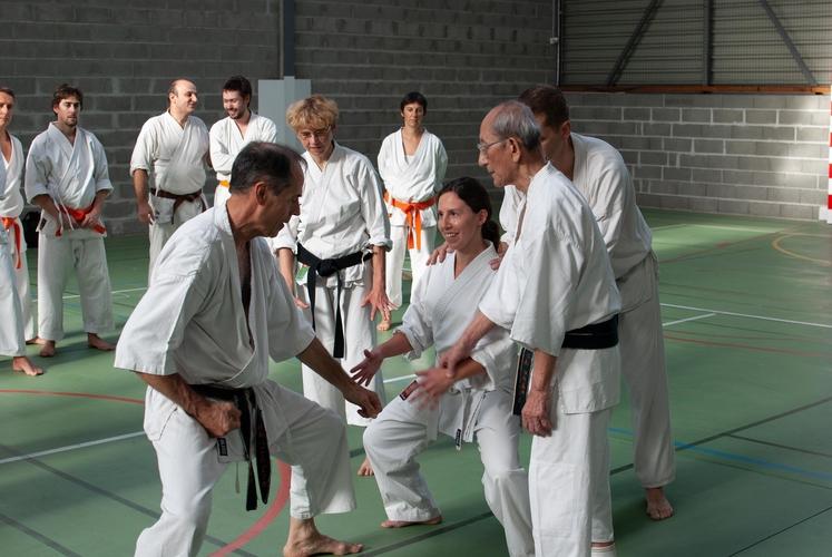 Harada senseï aidant un eleve kds gourdon